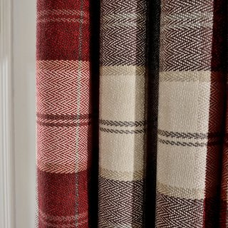Cosy Plaid Check Burgundy Chenille Curtain 5