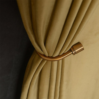 Fine Gold Velvet Curtain 1